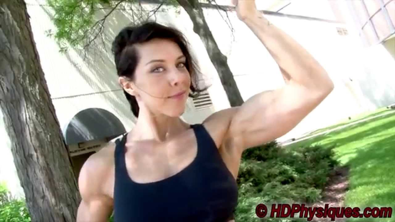 Michelle Martonick Flexing