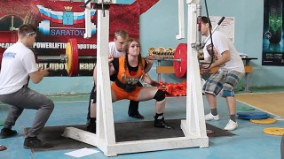 "Julia Vins – Total 453kg (1000lb) Powerlifting Meet ""Iron Bull"""