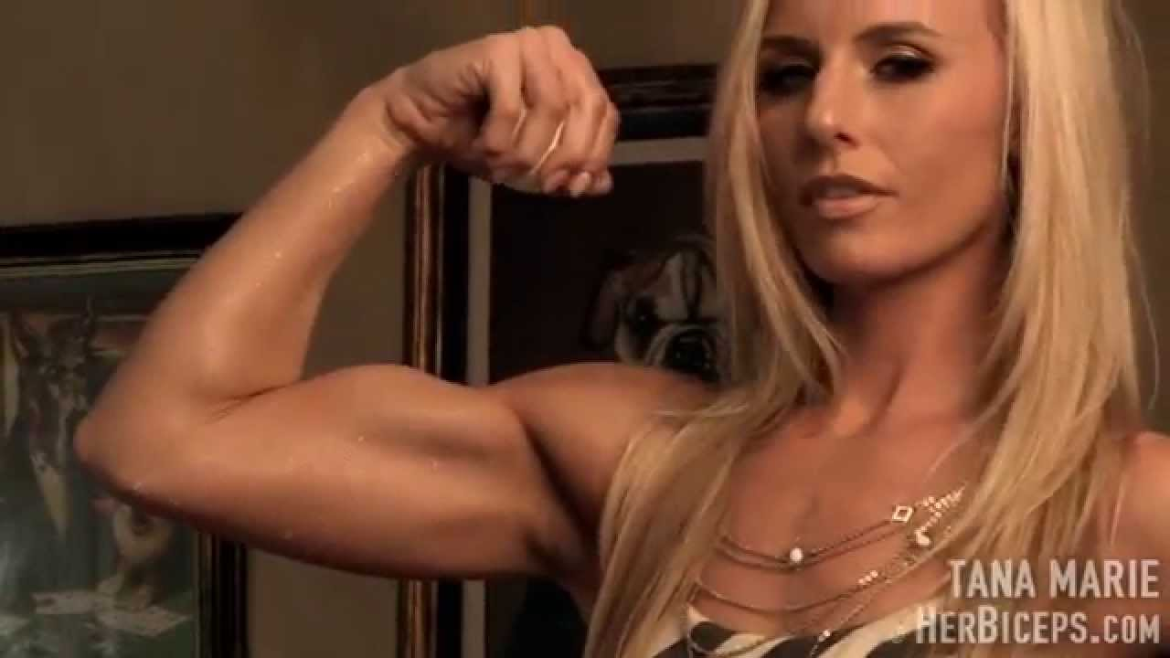 Tana Marie – Biceps Flexing
