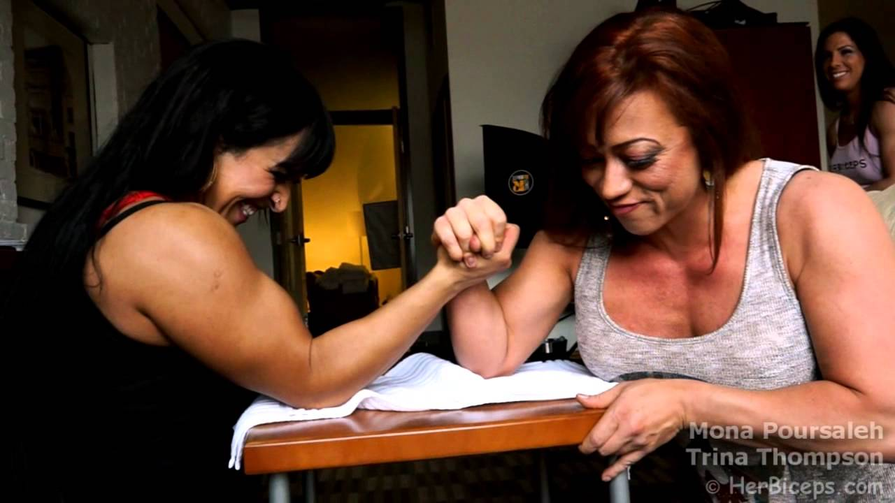 Mona Poursaleh & Trina Thompson Armwrestling