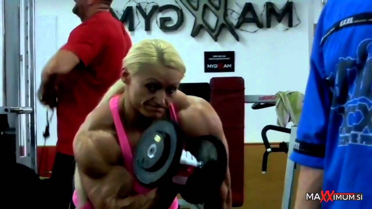 Brigita Brezovac – Biceps Workout