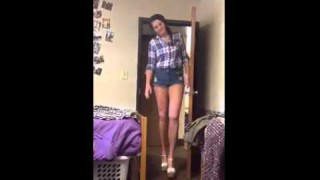 Haley Moss – 50 Inch Long Legs