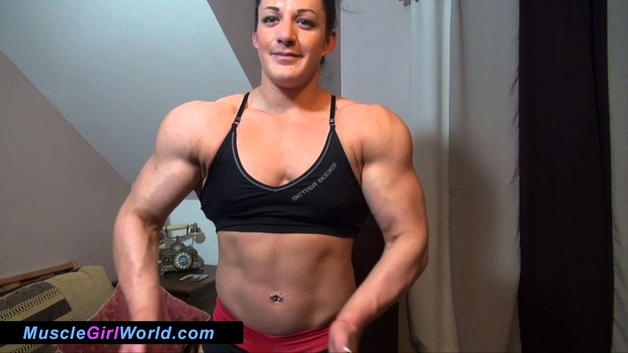 Maz Burn – New Female Bodybuilder