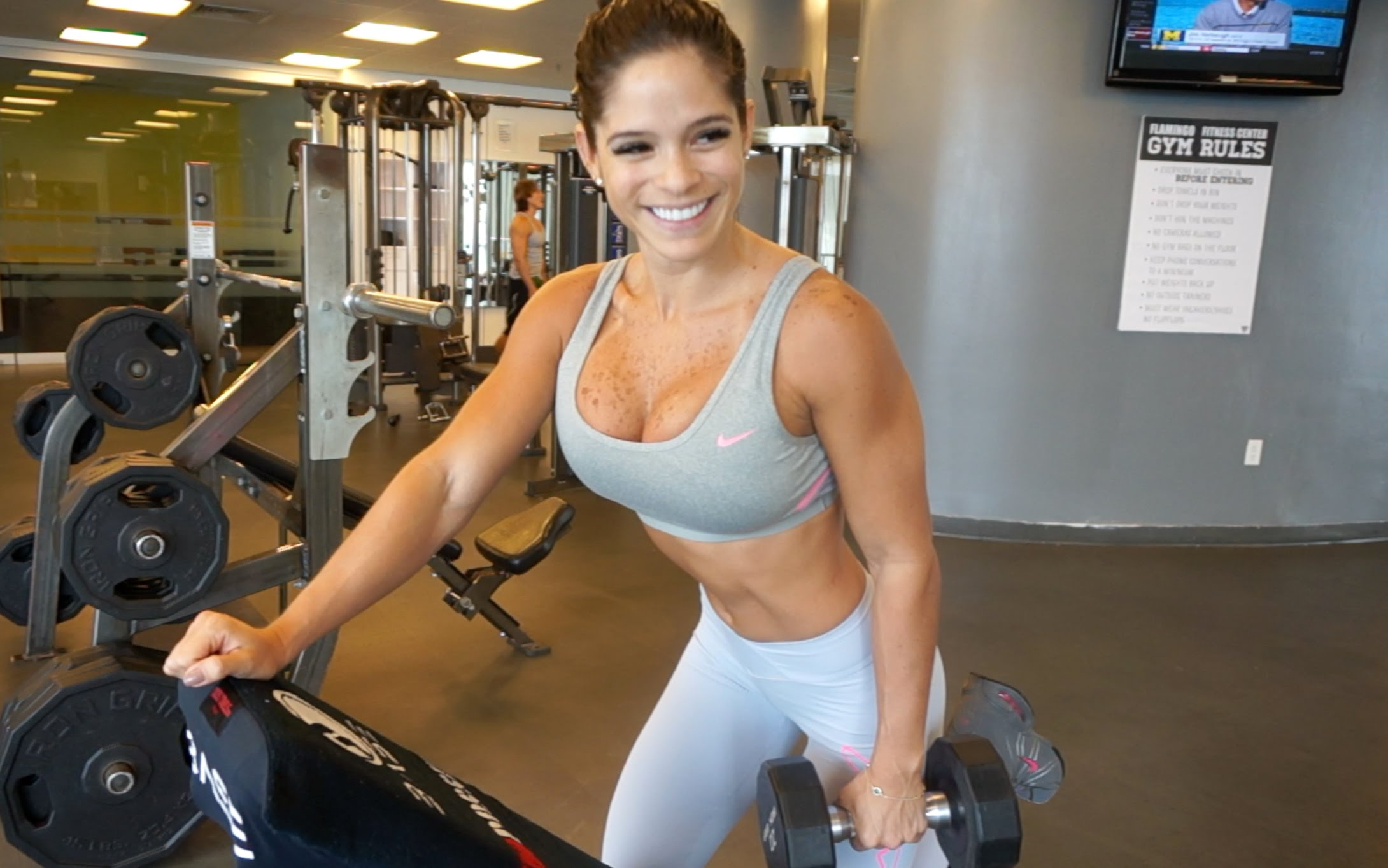 Michelle Lewin – Build Beautiful Biceps