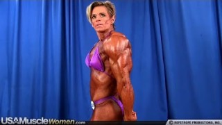 Karen Choat – Backstage Posing