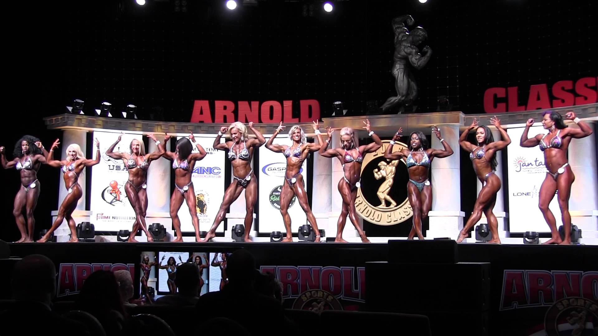 Arnolds Classic 2016 – PRO Womens Physique Prejudging 1