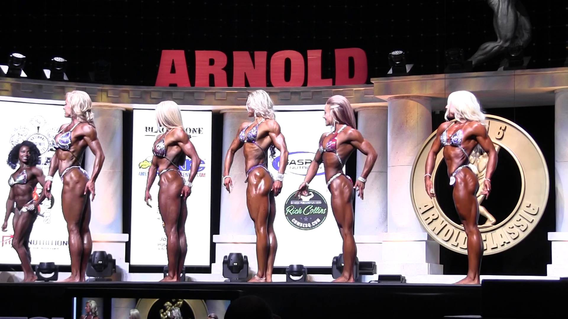Arnolds Classic 2016 – PRO Womens Physique Prejudging 2