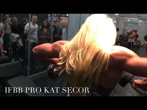 IFBB Pro Kat Secor Features Anthrax Machines at FIBO Power Expo 2016