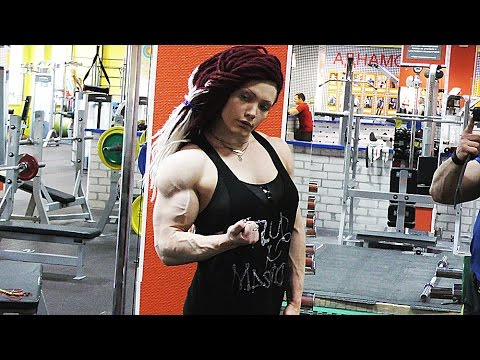 Natalya Kovalyova Pumped