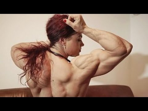 Oana Hreapca – Posing And Flexing In Her Best Ever Shape