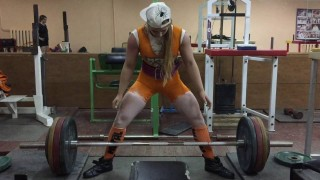 Julia Vins – Squat And Deadlift Day