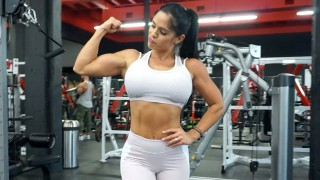Michelle Lewin – Back & Biceps Workout