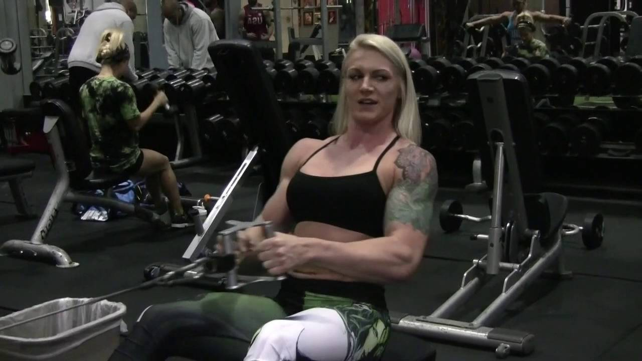Devon Manny And Kelly Diffenderfer – Back And Biceps Workout