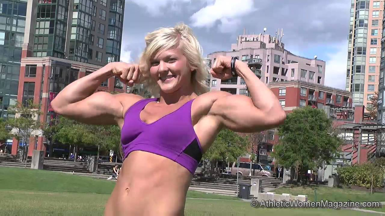 Brooke Holladay vs Amazon Amy Armwrestling