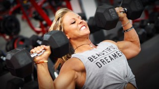 Danielle Reardon – Shoulders Workout / 7 Weeks Out From Ms. Olympia 2016