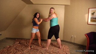 Amazon Anya Overpowers Muscle Girl
