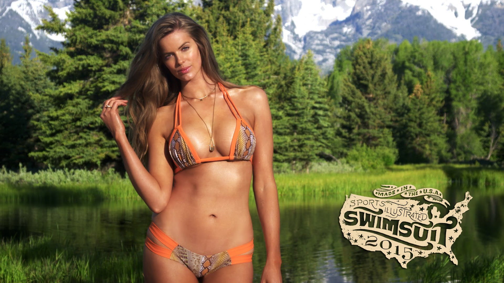 "Robyn Lawley – 188cm (6'2"") Tall Australian Model"