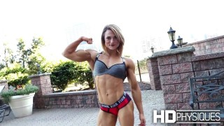 Hannah Ross – Ripped Physique Muscles