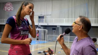 "Flavinha Gimenes – 198cm (6'6"") Tall Volleyball Player"