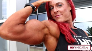 Katie Lee – Massive Biceps