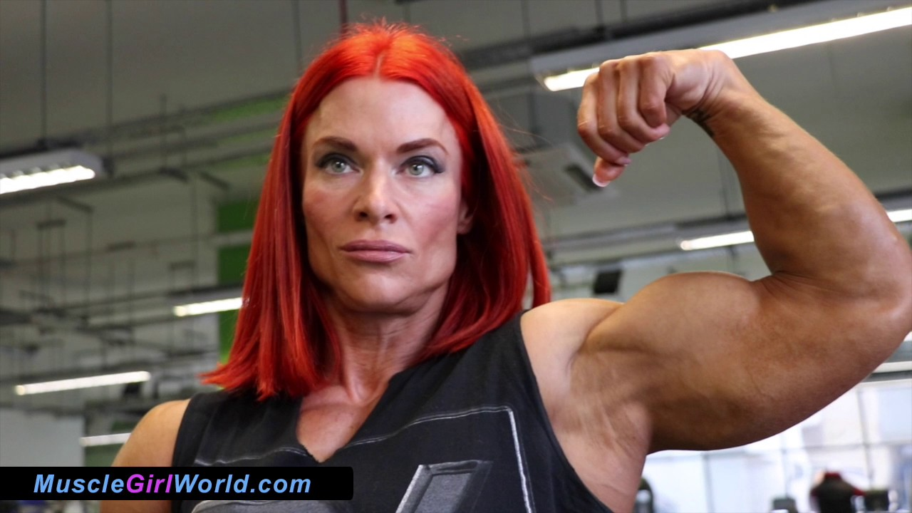 Sarah Williams – Huge Biceps