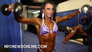 Arnold Classic 2017 – Women's Physique Prejudging Backstage