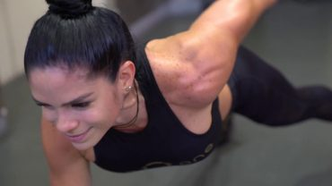 Michelle Lewin – 20 Minute Quick and Effective Full Body Workout