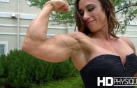 Nataliya Kuznetsova – Massive Female Bodybuilder
