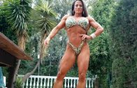 Lisa Luettinger Flexing