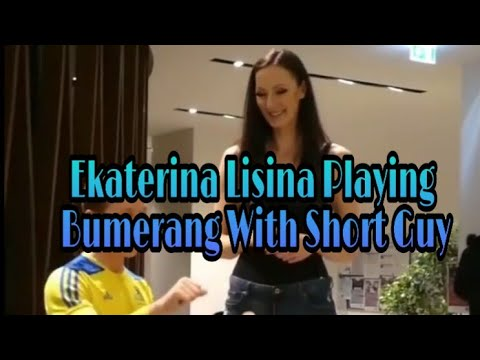 Ekaterina Lisina – Height Comparison With Short Guy